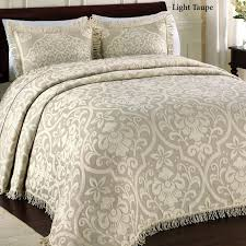 bedding awesome quilts and bedspreads heavy king size