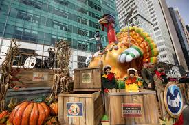 thanksgiving macy s parade live with 360 degree time