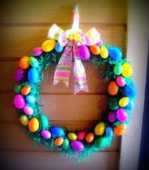 how to make an easter egg wreath egg wreath craft easter egg wreath diy sumoglove