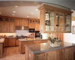 decorer une cuisine cuisine comment choisir les bonnes armoires ameublements ca
