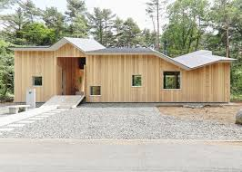 Shed Roof House Angular Roof Helps A Hiroki Tominaga Atelier House Shed Snow