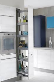 astuce rangement placard cuisine astuce rangement placard cuisine aménager cuisine astuces