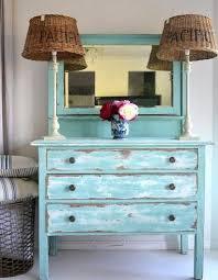 muebles decapados en blanco decapado a 2 colores coastal style