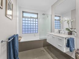 46 windsor place carindale qld 4152 for sale realestateview