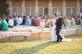 country wedding ideas for summer 4 tips for throwing a stunning summer country wedding wedding