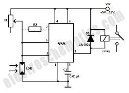 light activated relay with 555 circuit