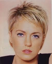 coupe de cheveux a la mode merveilleux coupe de cheveux tres court femme tendances coupe