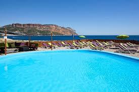chambre d hote de charme cassis cassis chambre d hote de charme la plage bleue cassis restaurant