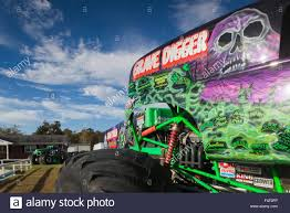 monster trucks grave digger north carolina poplar branch digger u0027s dungeon home of the grave