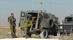 land rover military defender mdt armor israel car pinterest land rovers land rover