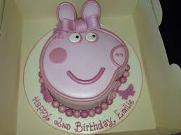 peppa pig cake ideas 28 of the best peppa pig birthday cakes made by our fans picniq