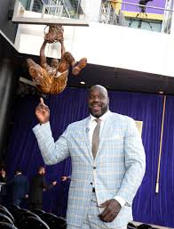 los angeles to reveal 9 foot statue of shaquille o u0027neal 10news