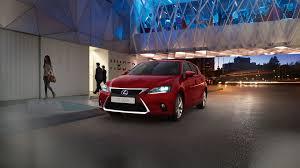 lexus cars red prabangus kompaktiškas hibridas lexus ct lexus lietuva