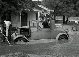 old cars black and white 35 black and white photos of the 1938 los angeles flood vintage