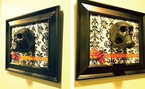 halloween decor skull frames