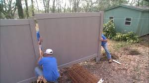 Backyard Wall Recycled Plastic Composite Fencing And Decking Today U0027s Homeowner