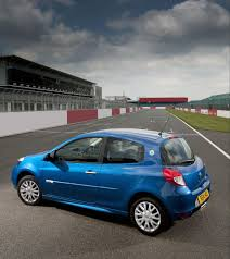 renault 4 pope renault clio and megane world series autoevolution