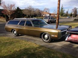 daily turismo what color is this 1972 plymouth fury custom wagon