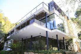 villa d architecte contemporaine propriété à giens villa contemporaine vue mer plage à pieds