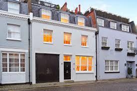 4 bedroom Mews House in Pavilion Road Knightsbridge London