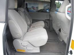 Toyota Sienna Captains Chairs 2011 Toyota Sienna Le 8 Passenger 4dr Mini Van V6 In Orlando Fl