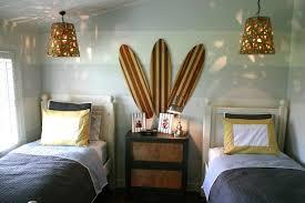 idees deco chambre ado idée déco chambre ado autour du surf et de la mer ideeco