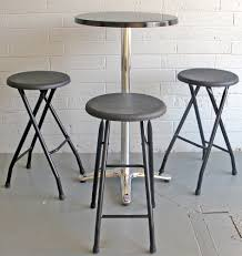 Outdoor Bar Table And Stools Outdoor Bar Tables Plastic Tops Aluminum Bases