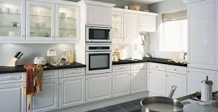 cuisine blanche classique cuisine belgravia blanc idée de décoration hygena