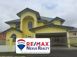 Houses For Sale In The Bahamas With Beach - re max caribbean real estate and central america real estate