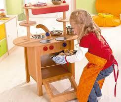 puppenküche holz puppenküche puppengeschirr co spielzeugküche aus holz