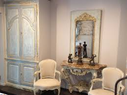 Walk Into Dining Room From Front Door French Friends The Artful Lifestyle Blog