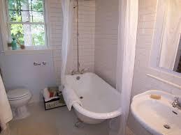 clawfoot tub bathroom decorating clear