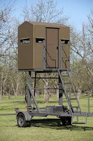 Deer Hunting Tower Blinds Elevated Hunting Tower Blind The Swift Lift
