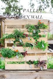 diy pallet vertical garden ruffled