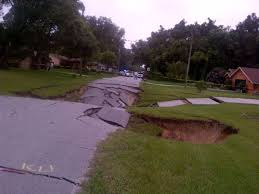 Sinkholes In Florida Map by Monster Sinkhole Swallows Roads In Spring Hill Florida July 19 2014