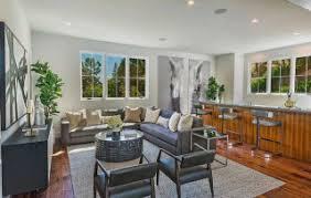 Kris Jenner Bedroom Furniture Kris Jenner Buys 9 9 Million Home Across The Street From Kanye West