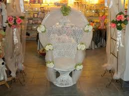 Bathroom Shower Chairs by How To Decorate A Baby Shower Chair 2 The Minimalist Nyc