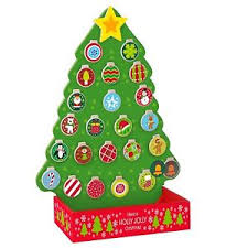 timy wooden tree countdown to advent calendar