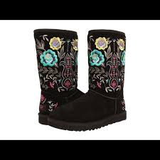 ugg juliette sale 10 ugg boots ugg juliette black floral boot from vivaglam s