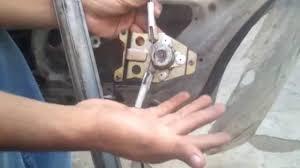 nissan almera por partes reparar el elevador del vidrio de un nissan tsuru ii primera