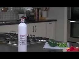 First Alert Kitchen Fire Extinguisher by Kidde Kitchen Fire Extinguisher Youtube
