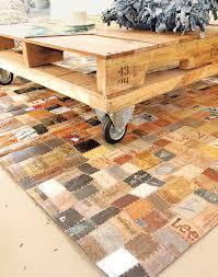 tappeto con tappi di sughero tappeto di etichette riciclo creativo