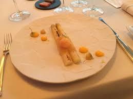 cuisine asperge asperge blanche au citron de menton oeuf de caille poché picture