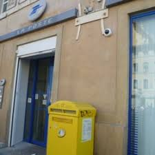 bureau de poste opera la poste vieux port bureau de poste 1 cours jean ballard opéra