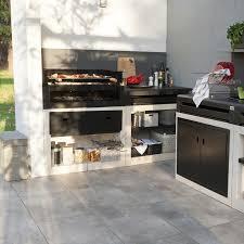 cuisine exterieur leroy merlin cuisine barbecue 20 cuisines d extérieur pour se mettre aux