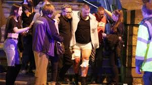 The Manchester Foyer Manchester Attack 22 Dead And 59 Hurt In Bombing Bbc News