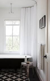 Small Bathroom Shower Curtain Ideas Top 25 Best Clawfoot Tub Shower Ideas On Pinterest Clawfoot Tub