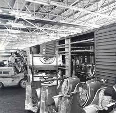 ford mustang assembly plant tour mustang assembly line unloading fenders from sting plant