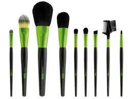 synthetic or animal hair makeup brushes beauty blog makeup