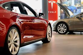 electric vehicles tesla tesla goes after police cruiser market